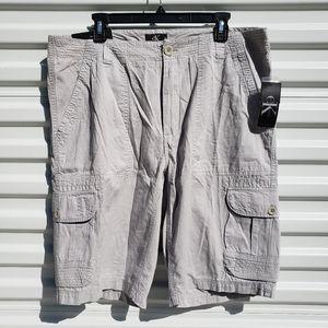 NWT Calvin Klein gray flat front cargo shorts
